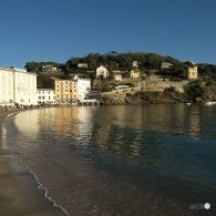 Sestri-Levante-bay-seashore